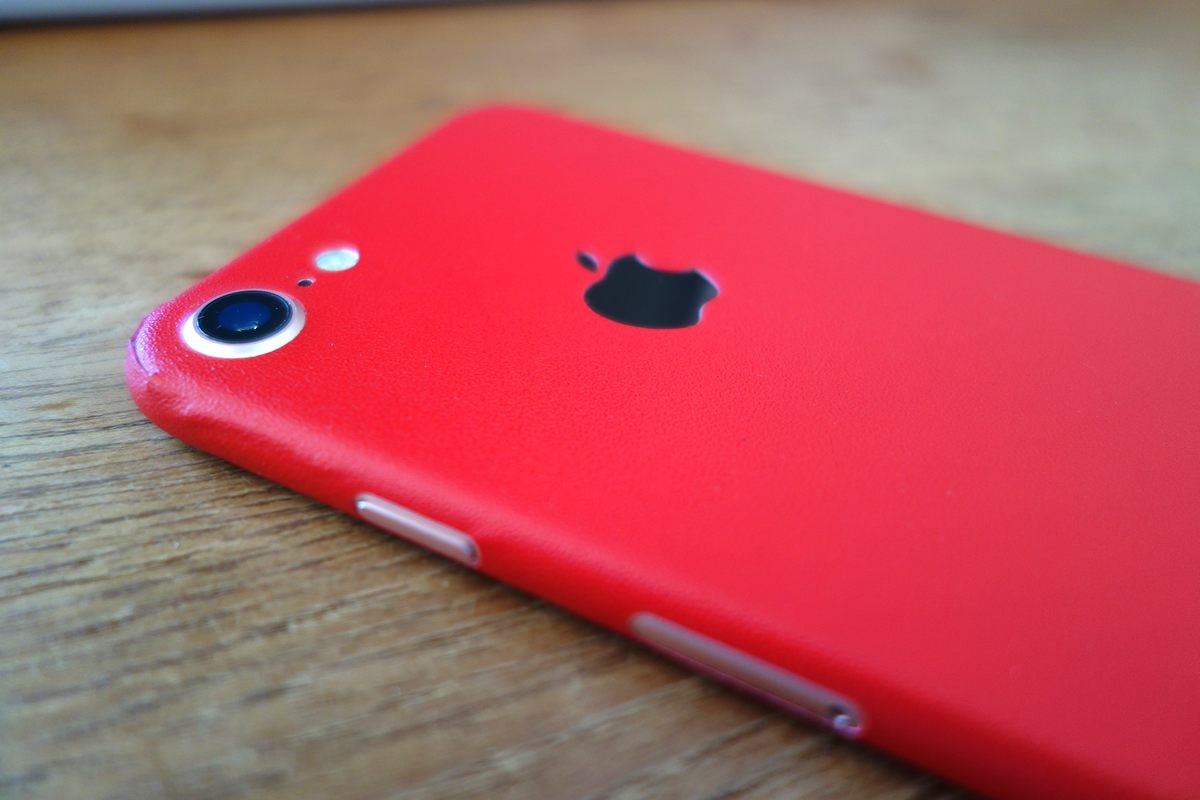 dbrand iPhone 7 skin - 15