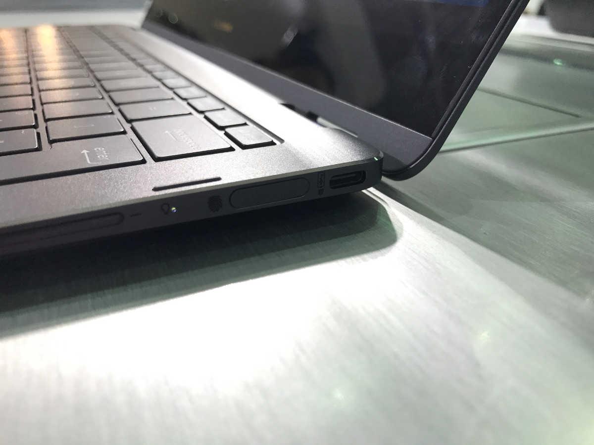 ASUS ZenBook Flip S - 7