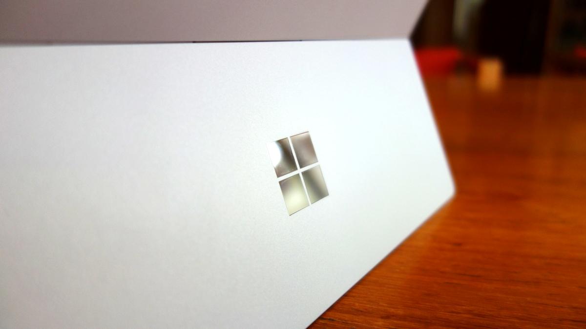 Surface 3 emblem