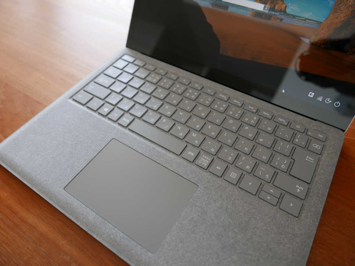 Microsoft Surface Laptop - 0
