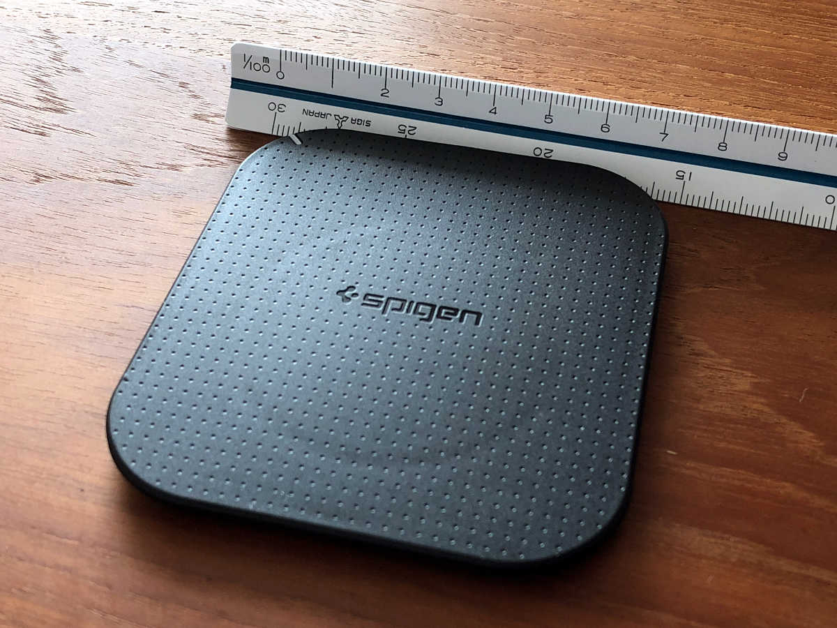 Spigen Wireless Charger F302W - 1