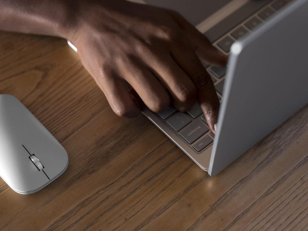 Surface Laptop Go - 2